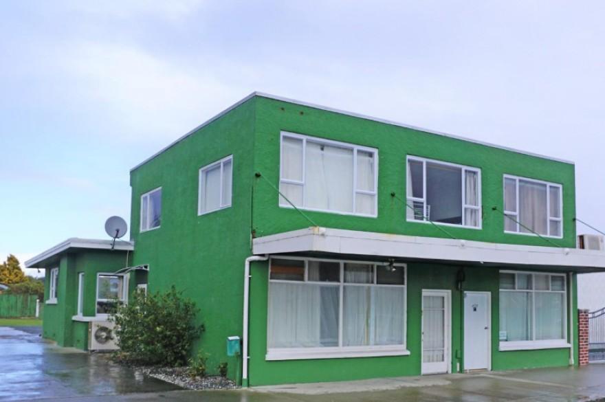Unit ROOMS, 37 Fairview Avenue, Hawthorndale