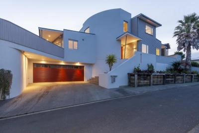1 The Palms, Raumati Beach