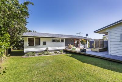 16 Apple Terrace, Ranui Heights