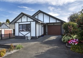 Unit 4, 14 Awakino Road