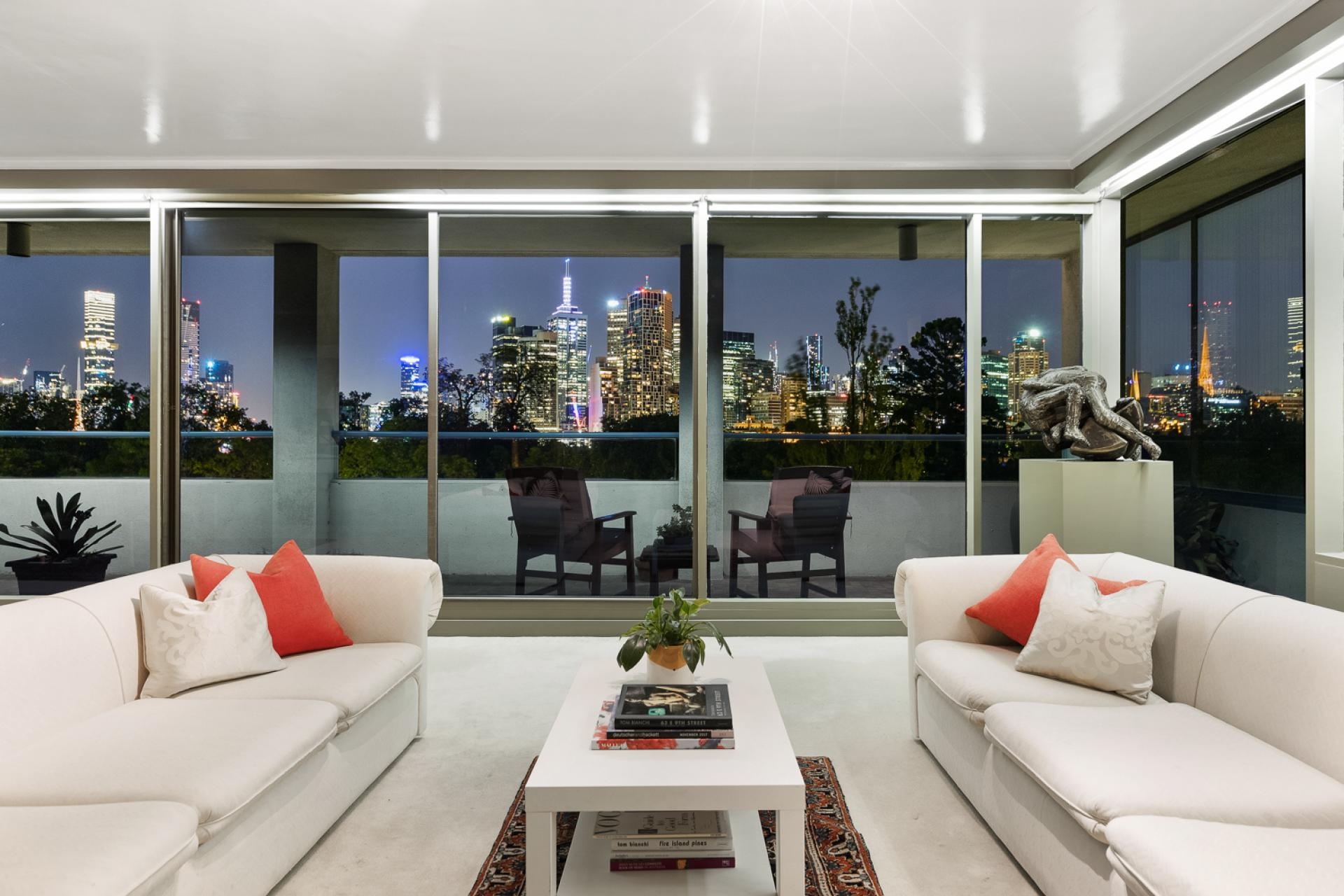 Prime East Melbourne Entire Floor Apartment
