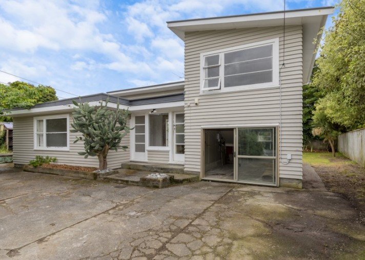 20 Main Road, Waikanae