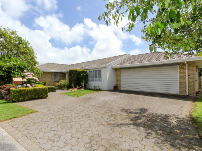 9-ashmore-drive-frankleigh-park