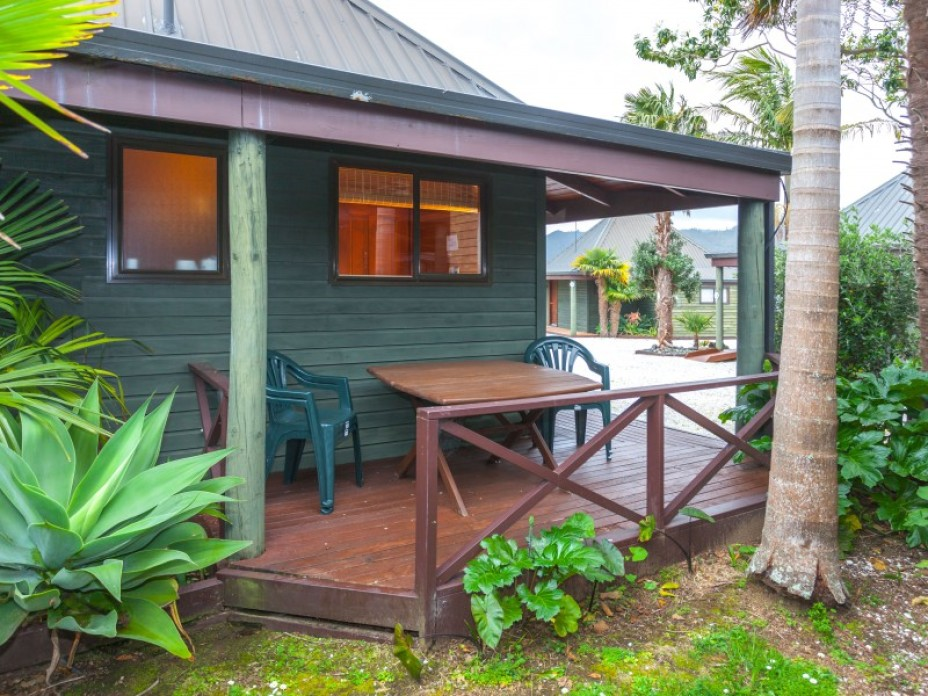 Unit 12, 223 Main Road, Tairua