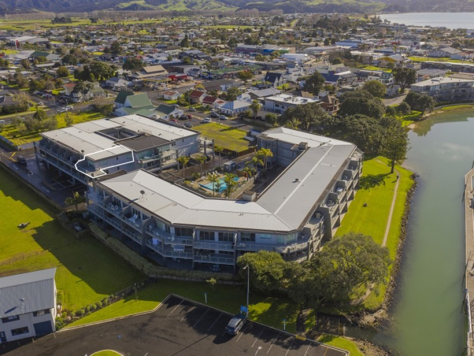 Unit 80, 86 Albert, Whitianga