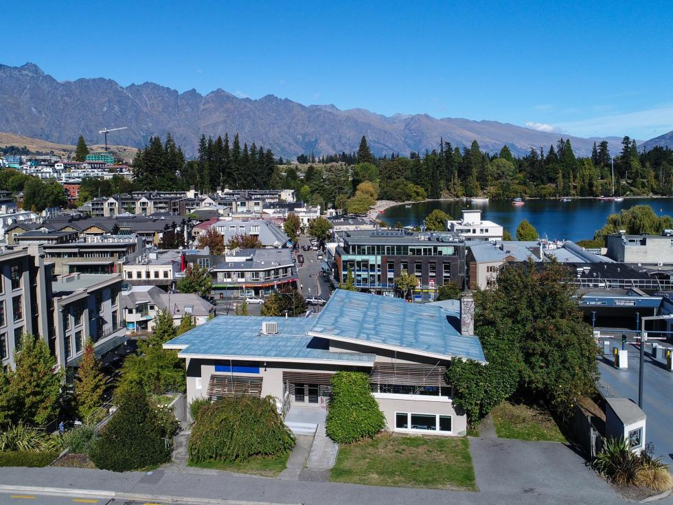 10 Man Street, Queenstown