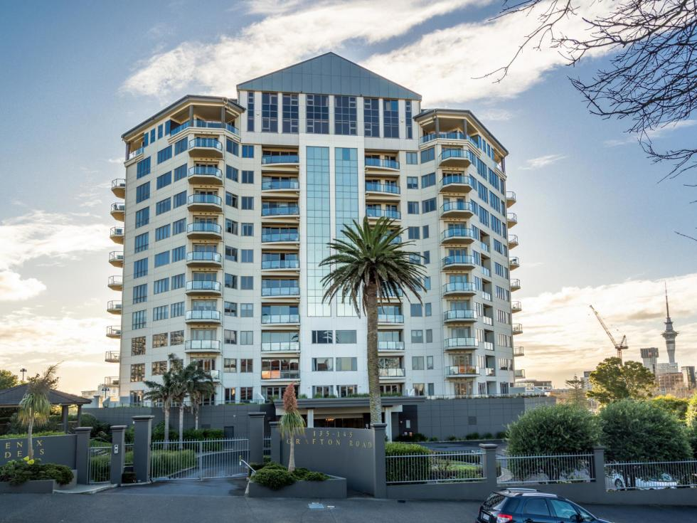 Penthouse 11A, 135 Grafton Road, Grafton
