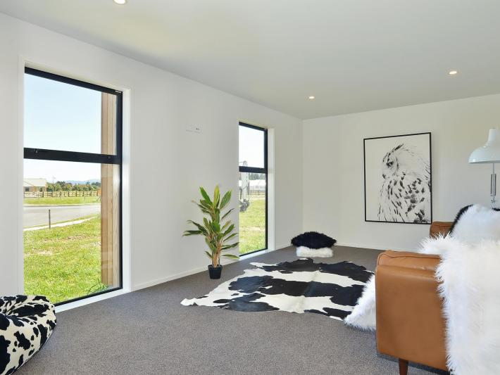 23 Mill Grove, Carterton