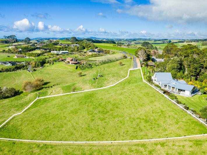 3, 10 Coastview Lane, Mangawhai